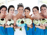 bride-bridesmaid-flowers