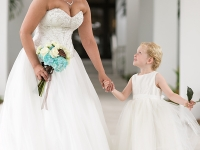 flowergirl-with-bride