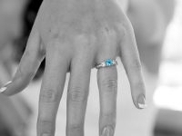 bride-wedding-ring